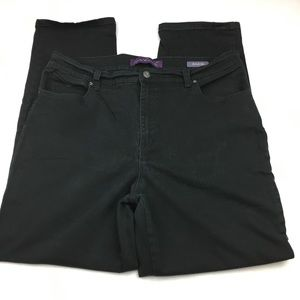 Gloria Vanderbilt Amanda Black Jeans, size 16
